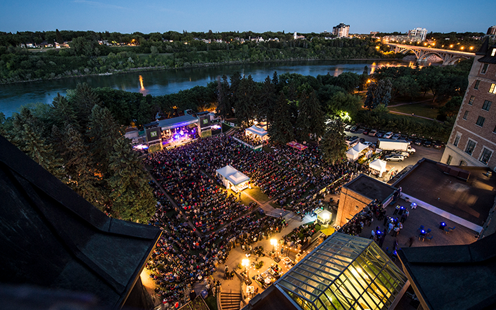 Photo from the sold out Walk off the Earth performance on the TD Mainstage, SaskTel Saskatchewan Jazz Festival/Matt Smith.